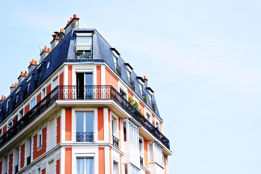 Czy warto współpracować z agentem nieruchomości